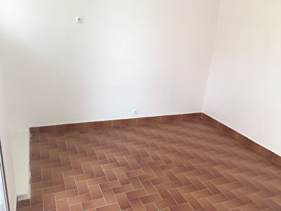 APPARTEMENT F2 RENOVE EN PLEIN CENTRE DE FORT DE FRANCE